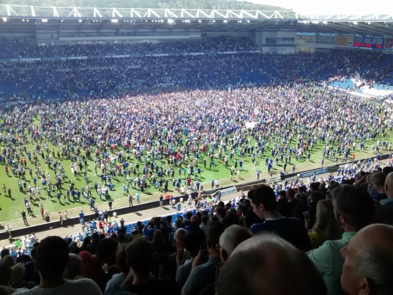 Cardiff City steigt auf